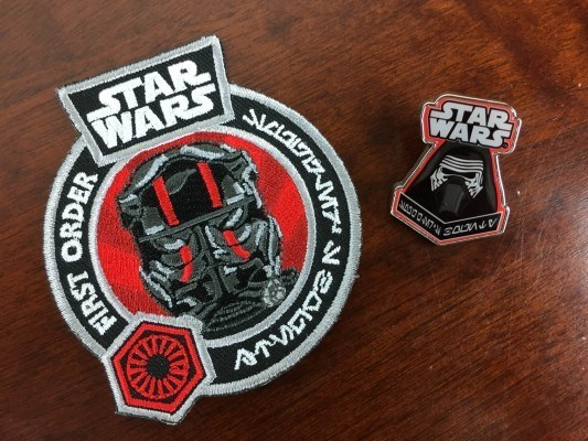 Star-Wars-Smugglers-Bounty-November-2015-pin-badge