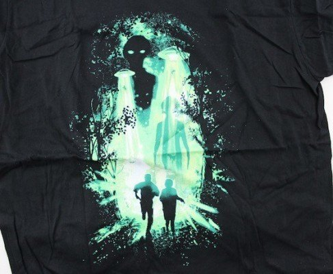 Loot-Crate-Subscription-Box-Review-Coupon-January-2016-shirt