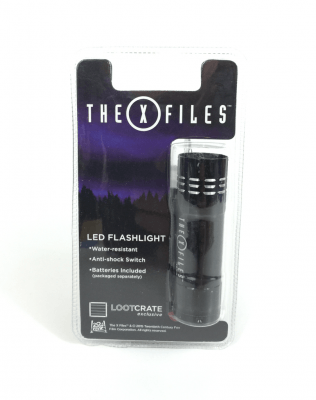 LootCrate-Jan-2016-09-X-Files-Flashlight-808x1024
