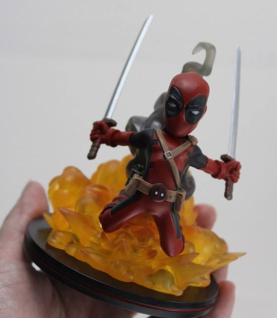 loot-crate-feb-2016-deadpool