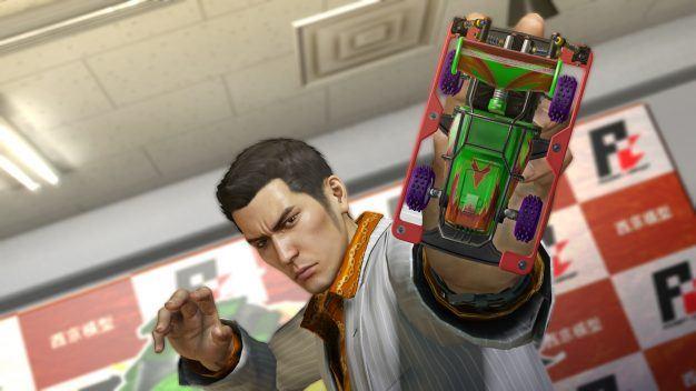Yakuza pocket-racer